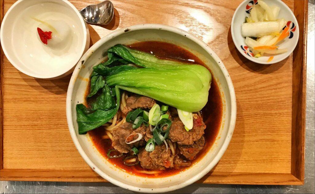 牛肉麵ランチ
